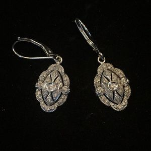 Jewelry - Earrings with silver & crystals